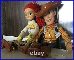 Disney Pixar Toy Story Thinkway Pull String Woody and Jessie Talking Doll 15 D1