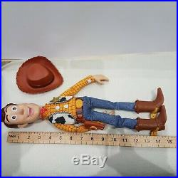 Disney/Pixar Toy Story Woody Pull-String doll -talking- Snake in my Boot mp