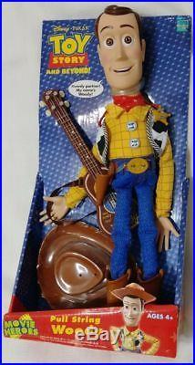 RARE NEW Toy Story Electronic Disney Pixar Pull-String Talking WOODY Hasbro 2005