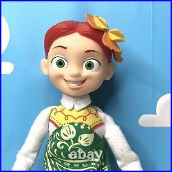 Toy Story HAWAIIAN VACATION Woody and Jessie Talking Dolls Disney Store Thinkwy