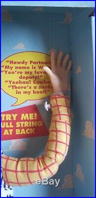Toy Story Poseable Pull String Talking Woody #62810 Disney 1995 Factory Sealed