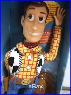 Toy Story Poseable Pull String Talking Woody Thinkway 1995 original Disney Pixar