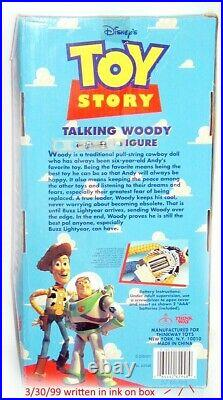 Toy Story TALKING WOODY Vintage Thinkway Toys WORKS Battery Operated in BOX
