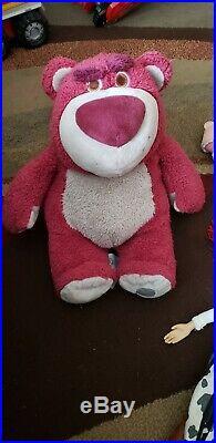 Toy Story doll figures Woody, Jessie, Bulllseye, Buzz, Latso huggin bear