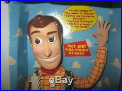 Vintage Original 1995 Toy Story Poseable Pullstring Talking Woody Doll Hat Box